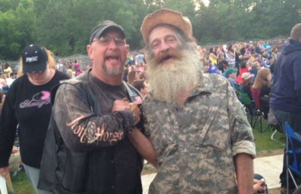 """Here's those """"Duck Dynasty"""" guys from Tags Sunday night"""